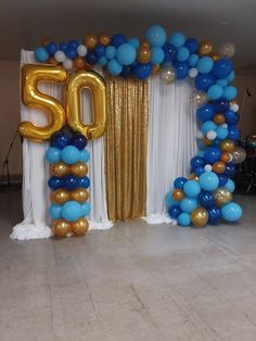 Balloon garland for a 50 year anniversary make column organic also New Years Eve Party Ideas Decorations, 50th Birthday Party Decorations, Birthday Balloon Decorations, Anniversary Decorations, 60th Birthday Party, 50th Birthday Balloons, Popcorn Bar, Balloon Garland, Hanging Balloons