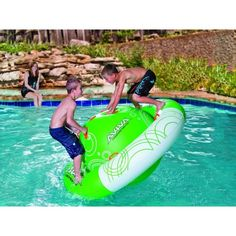 Saturn Rocker: how cool is this for your next pool or lake party?