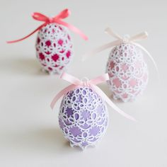 Easter Eggs by Hye-oon Lee (Lovely Tatting)