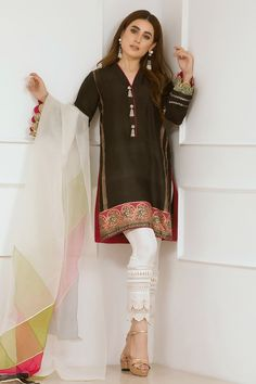 Elegant Pakistani embroidery dress by Annus Abrar. Also, its a three piece traditional dress. Besides, it comes with straight shirt and pants. While a dual colored dupatta complete the look. Source by Pakistanipretwear dress pakistani Black Pakistani Dress, Latest Pakistani Dresses, Pakistani Fashion Casual, Pakistani Dress Design, Pakistani Outfits, Sleeves Designs For Dresses, Kurti Neck Designs, Sari, Stylish Dress Designs