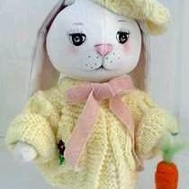 Muñeco conejo de invierno