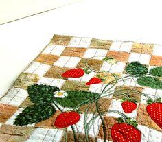 Kitchen Art, Strawberries Quilt, Home Decor #strawberries #kitchen #art