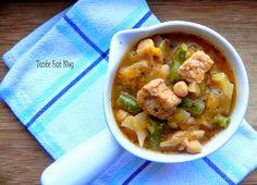 http://taste-eat.blogspot.com/2015/02/duszona-szynka-z-pasta-curry-kapusta-i.html