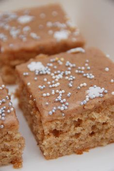 Baking Recipes, Dessert Recipes, Finnish Recipes, Home Bakery, Cake Bars, Food Inspiration, Sweet Recipes, Delicious Desserts, Sweet Tooth