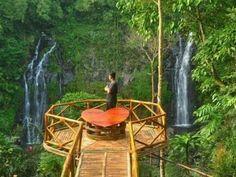 Ait Terjun Pengantin,  Ngawi,  Jawa Timur.
