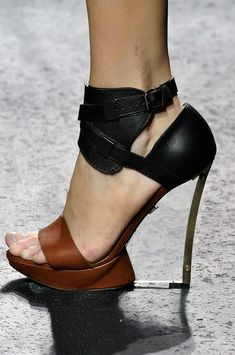 Lanvin Dual tone love shows that you can wear with you black or brown outfit!
