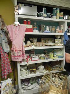Loads of vintage Kitchen items! 9.29.12
