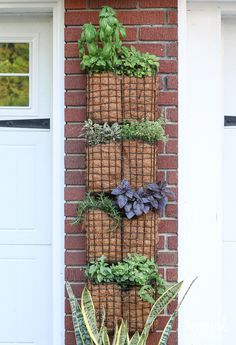 ❤Love love this idea, must remember it for my kitchen!!❤ DIY Vertical Herb Garden | inspiredbycharm.com