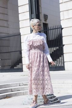I felt like a cotton candy wearing these pink Puma sneakers and lace dress. It doesn't happen every day that you see me wearing elegant outfits Pink Puma Sneakers, Lace Skirt, Lace Dress, Pink Pumas, Elegant Outfit, Fashion Bloggers, Street Style, Stylish, My Style