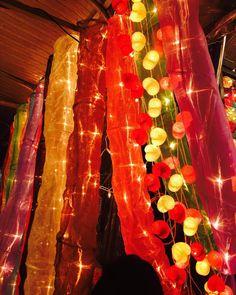 All i ever wanted was Everything. & I have started my journey. #bangkok #chatuchak #ilovebangkok #ilovetravelling #travel #tourist #cool #igotthose #colorful #lively #brightandshine #hugs #f4f #followme #follow4follow #led #decor #buddhist#instagram #travel #peace #positive #positivevibes by veekee.ruupani