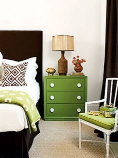 love the shades of green in this room. and is that a velvet headboard with a velvet bedskirt? DOING both of those things in our next place. Perhaps in every bedroom. SCRUMPTIOUS and how comfy in those cold Chicago months?