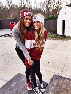 Pin by Emily Uzansky on college life | Tailgate clothes