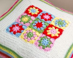 pillow with border