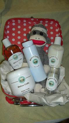 Homemade Gift Baskets Ladies Babies Men by Homemade Gift Baskets, Homemade Gifts, Baby Shampoo, Baby Powder, Hand Lotion, Baby Oil, Lotion Bars, Bath Bombs, Tea Lights