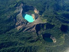 Kelimutu - Kelimutu is a volcano, close to the town of Moni in central Flores Island of Indonesia