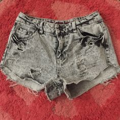 Vanilla Star Shorts High waisted, gently worn shorts from Tilly's. Super cute with a crop top and sandals! Vanilla Star Shorts Jean Shorts