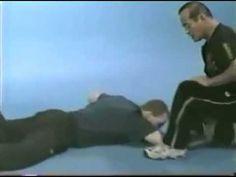 Dan Inosanto Jeet Kune Grappling - YouTube