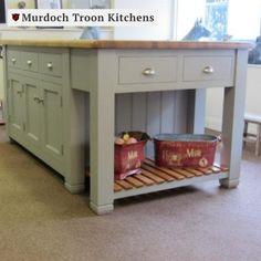 Pine Kitchen, Kitchen Units, Kitchen Ideas, Slatted Shelves, Oak Shelves, Central Island, Freestanding Kitchen, Handmade Kitchens, Quality Kitchens
