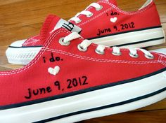 This is a seriously sweet idea. Especially since I LIVED in white canvas tennies during High School!