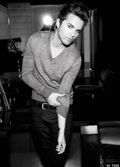 Thomas Dekker.. I don't know what it is about him.