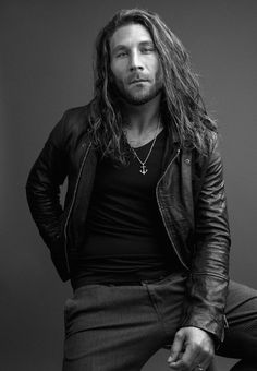 My most recent obsession: Zach McGowan. I usually hate long hair on guys.. but boy does he pull it off!