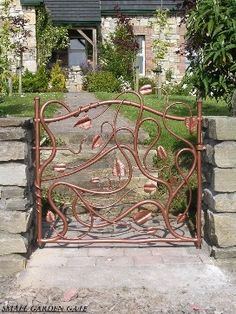 Gates-make with copper piping and welding torch.Gates-make with copper piping and welding torch. Metal Gates, Wrought Iron Gates, Metal Fence, Garden Gates And Fencing, Fences, Fence Gates, Garden Art, Garden Design, Vine Design