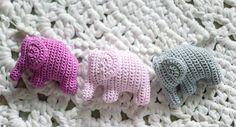Jotain uutta, vanhaa, käsintehtyä ja kaunista.: 124. Kolme pientä elefanttia marssi näin..