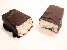 Kokos-Liebe: Zuckerarme Bounty-Riegel Desserts, Food, Dessert Ideas, Food Food, Postres, Deserts, Hoods, Meals, Dessert