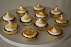 Chocolate and meringue (s'mores) mini tarts