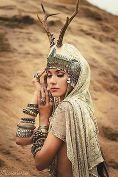 This is my inspiration board; My collection is Tribal Fusion meets Boho Chic. Tribal Fusion, Tribal Mode, Danza Tribal, Tribal Belly Dance, Belly Dance Costumes, Belly Dancers, Headdress, Boho Chic, Girls