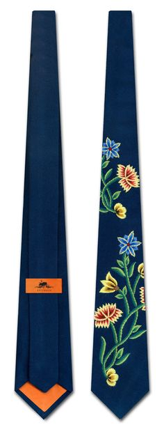 Det tar 3 dager å brodere et Øst-Telemark Constitution Day, Going Out Of Business, Floral Tie, Norway, Collars, My Style, Accessories, Sun, Embroidery