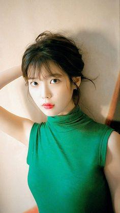 Korean Celebrities, Beautiful Celebrities, Korean Beauty, Asian Beauty, Korean Girl, Asian Girl, Iu Fashion, Korean Actresses, Ulzzang Girl