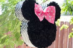 But mickey instead Minnie Mouse Pinata, Minnie Mouse Theme Party, Minnie Mouse 1st Birthday, Mickey Party, Baby First Birthday, 1st Birthday Parties, Birthday Ideas, Theme Mickey, Crafts