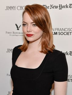 Actress Emma Stone attends the SF Film Society Presents SF Honors 'La La Land' at Castro Theatre on December 8 2016 in San Francisco California Cabelo Emma Stone, Ema Stone, Emma Stone Style, Actress Emma Stone, Grunge Hair, Auburn, Hair Lengths, New Hair, Hair Inspiration