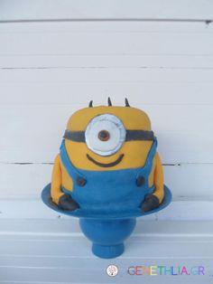 Minion cake-how to