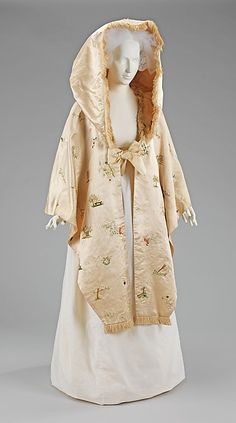 Cape (image 1) | British | 1795-1800 | silk | Brooklyn Museum Costume Collection at The Metropolitan Museum of Art | Accession Number: 2009.300.3890