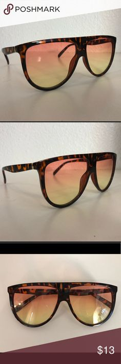 Saleen Safari SuNglasses Leopard frame with orange to yellow ombré lenses. Accessories Sunglasses