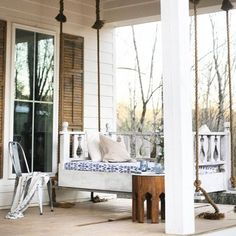 Your online shop for everything porch swings. Browse our huge selection of front porch swings, garden swings, patio swings. We have recently added outdoor gliders and rocking chairs to our growing selection. Farmhouse Front Porches, Modern Farmhouse Exterior, Design Websites, Bungalows, Veranda Design, Porch Ceiling, Porch Roof, Side Porch, Ceiling Fans