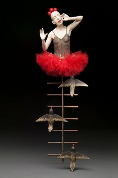 red - woman with birds - dance - figurative sculpture - Kirsten Stingle