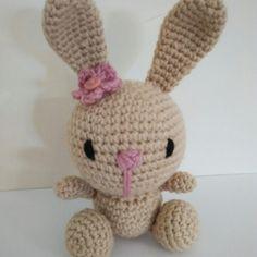 amigurumi cute bunny by yrozafcrocheting on Etsy Cute Bunny, Amigurumi Doll, Crochet Projects, Kids Toys, Hello Kitty, Etsy Seller, Dolls, Creative, Bunny