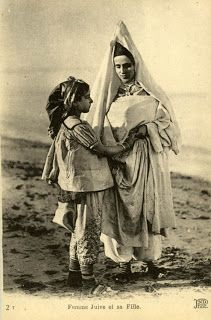 Snapshots of a vanished world: Jewish Tunisia (via Pinterest) Jewish woman and her daughter