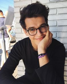 Why is he so hot in glassesboy, glasses, and blake steven Beautiful Boys, Pretty Boys, Beautiful People, Boys Lindos, Boys Glasses, Cute Guys With Glasses, Blake Steven, Tumblr Boys, Men's Grooming