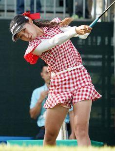 Girls Golf, Ladies Golf, Girl Golf Outfit, Michelle Wie, Golf Player, Bikinis, Swimwear, Legs, Female