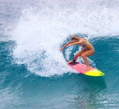 Vrummmm!!  #snapperrocks #monsterenergy #surf #photooftheday #canon #canaloff #surfbahia #canalwoohoo #hurley #costalwatch #ripcurl #quiksilver #wsl #surfer #billabong #Australia #canon_photos #canon_official #photography #stab #surfar #surfer_magazine #surfline #woohoo #surfphotography #momentooff #oakley #shotspotbrasil #goldcoast #redbull by vitornassiffephotography