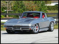 1963 Chevrolet Corvette Split Window Coupe Resto Mod, HP, at Mecum Auctions Chevrolet Corvette, Old Corvette, Classic Corvette, Bmw, Audi, Ford Motor Company, Ford Focus, Cadillac, Classic Cars