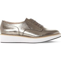 Steve Madden Raant metallic flatform brogues ($77) ❤ liked on Polyvore featuring shoes, oxfords, polish shoes, flatform oxfords, leather platform shoes, metallic shoes and steve madden