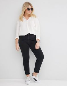 Image 4 of ASOS CURVE Pencil Straight Leg Jeans in Washed Black