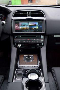 Jaguar F-Pace - kocim krokiem w teren (pierwsza jazda) - Moto Custom Car Audio, Custom Cars, Jaguar Fpace, Jaguar Land Rover, Classy Cars, Fancy Cars, Honda Accord, Car Car, Models