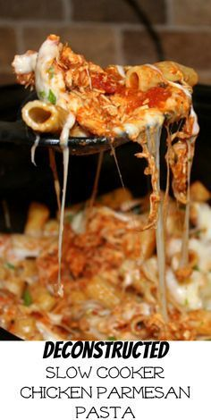 Slow Cooker Chicken Parmesan and Pasta has everything you love in it. Chicken, tomato sauce, and pasta topped with mozzarella and parmesan cheese. - The Magical Slow Cooker Slow Cooker Huhn, Crock Pot Slow Cooker, Crock Pot Cooking, Slow Cooker Recipes, Cooking Recipes, Cooking Ribs, Slower Cooker Recipes Healthy, Italian Crockpot Recipes, Crock Pot Freezer