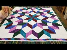 DONNA'S EASY CARPENTERS WHEEL QUILT! *************FREE PATTERN************* - YouTube Quilting For Beginners, Quilting Tips, Quilting Tutorials, Quilting Projects, Sewing Tutorials, Sewing Projects, Video Tutorials, Beginner Quilting, Quilt Square Patterns